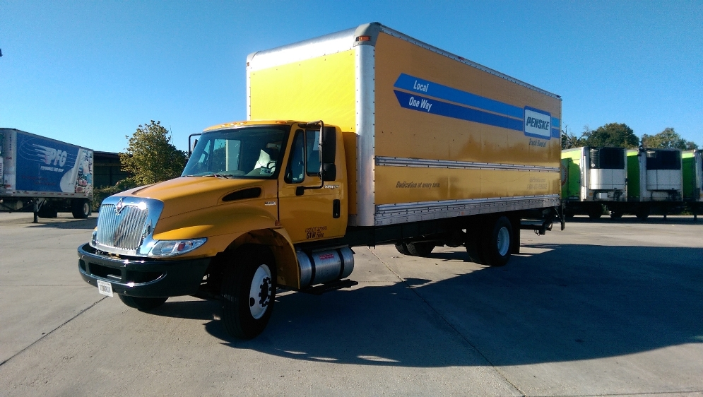 Medium Duty Box Truck-Light and Medium Duty Trucks-International-2012-4300-HAMMOND-LA-158,169 miles-$28,250