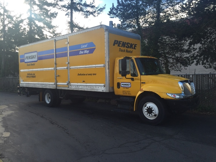 Medium Duty Box Truck-Light and Medium Duty Trucks-International-2012-4300-TUKWILA-WA-235,564 miles-$13,000