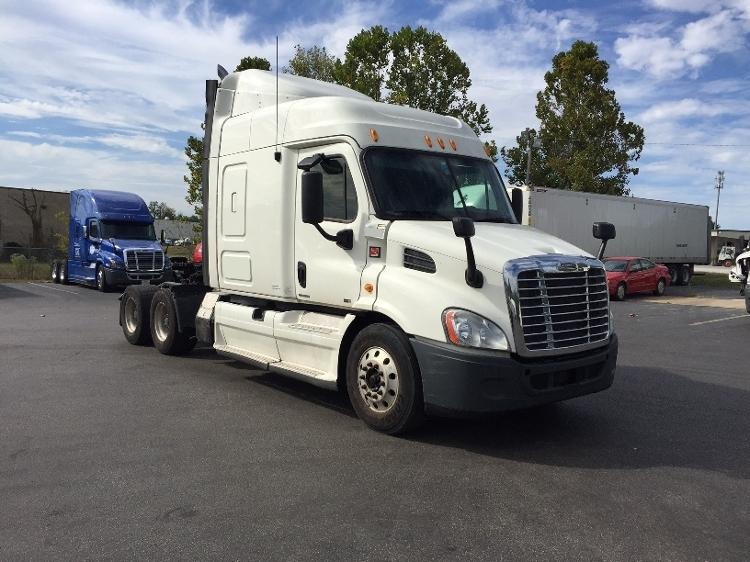 Sleeper Tractor-Heavy Duty Tractors-Freightliner-2012-Cascadia 11364ST-EVANSVILLE-IN-661,198 miles-$33,500