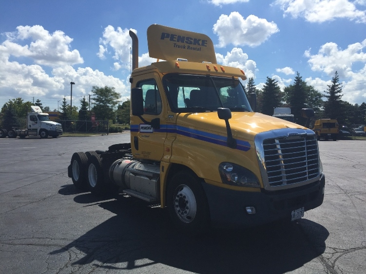 Day Cab Tractor-Heavy Duty Tractors-Freightliner-2012-Cascadia 12564ST-MISSISSAUGA-ON-388,801 km-$45,500