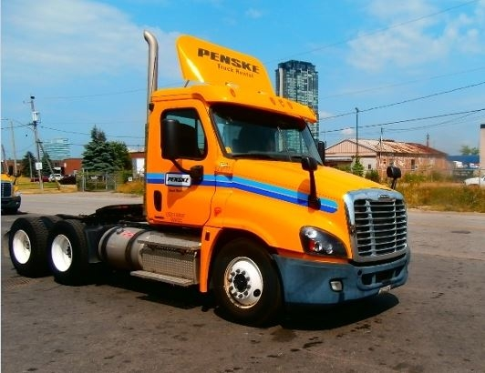 Day Cab Tractor-Heavy Duty Tractors-Freightliner-2012-Cascadia 12564ST-MISSISSAUGA-ON-411,447 km-$53,000