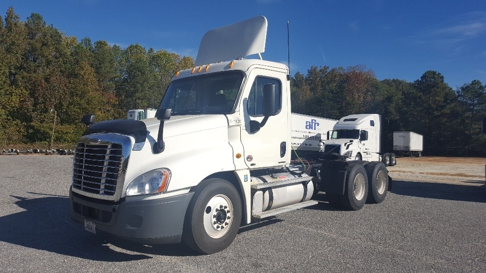 Day Cab Tractor-Heavy Duty Tractors-Freightliner-2012-Cascadia 12564ST-ANDERSON-SC-623,548 miles-$33,750