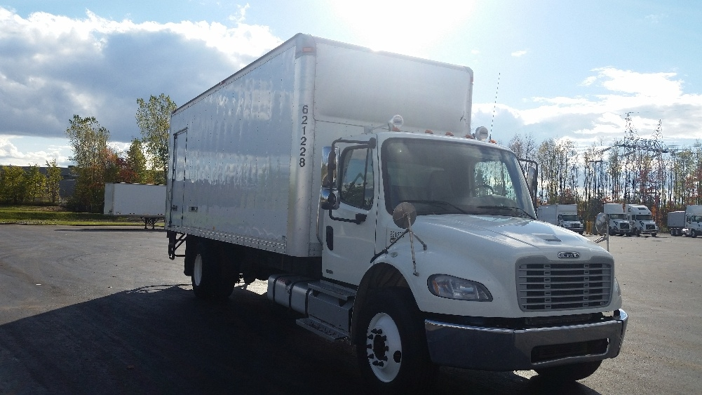 Medium Duty Box Truck-Light and Medium Duty Trucks-Freightliner-2012-M2-STE-FOY-PQ-197,440 km-$41,500