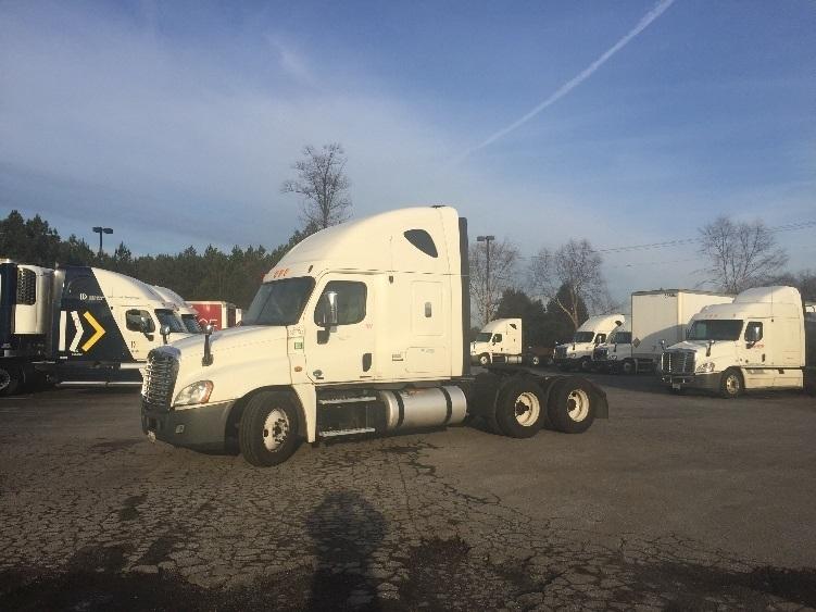 Sleeper Tractor-Heavy Duty Tractors-Freightliner-2012-Cascadia 12564ST-DULUTH-GA-455,111 miles-$41,250