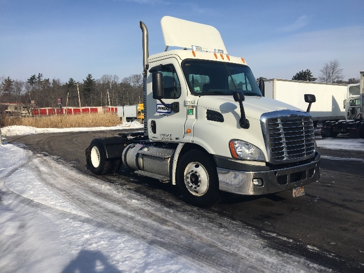 Day Cab Tractor-Heavy Duty Tractors-Freightliner-2012-Cascadia 11342ST-NORTON-MA-230,458 miles-$36,000