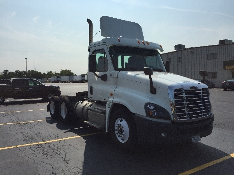 Day Cab Tractor-Heavy Duty Tractors-Freightliner-2012-Cascadia 12564ST-WAUKEGAN-IL-291,693 miles-$38,250