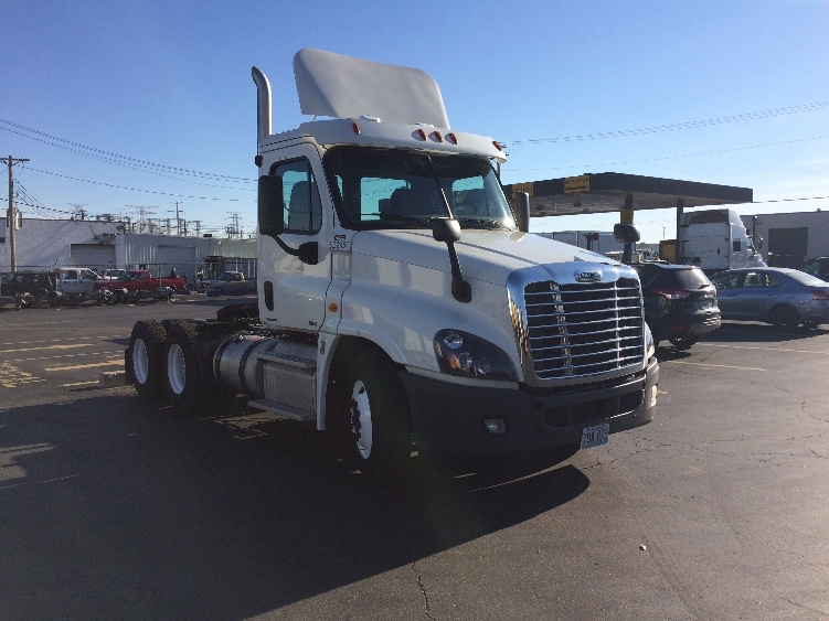 Day Cab Tractor-Heavy Duty Tractors-Freightliner-2012-Cascadia 12564ST-EARTH CITY-MO-298,652 miles-$39,750