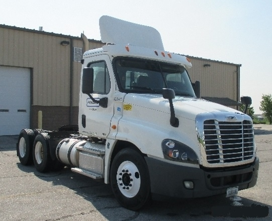 Day Cab Tractor-Heavy Duty Tractors-Freightliner-2012-Cascadia 12564ST-DES MOINES-IA-419,292 miles-$43,250