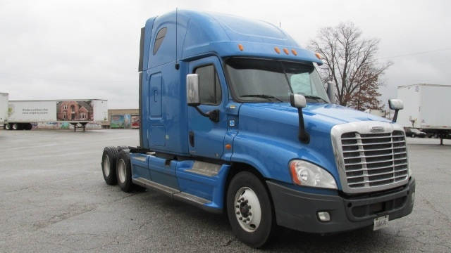 Sleeper Tractor-Heavy Duty Tractors-Freightliner-2012-Cascadia 12564ST-CLEVELAND-TN-488,011 miles-$13,500