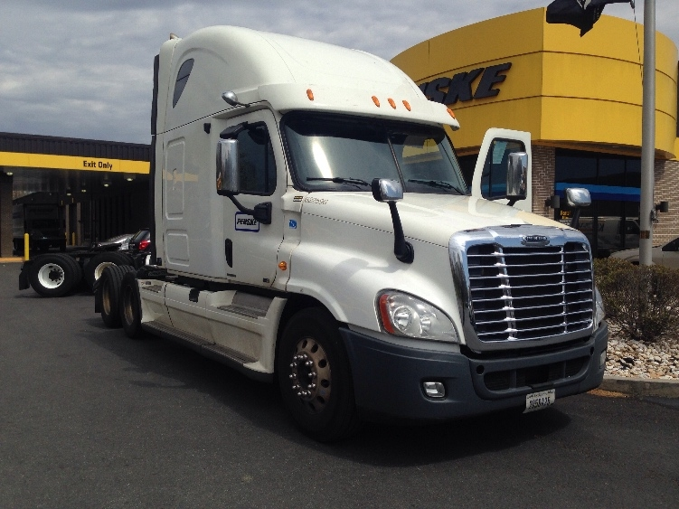 Sleeper Tractor-Heavy Duty Tractors-Freightliner-2012-Cascadia 12564ST-LANCASTER-PA-602,618 miles-$37,250