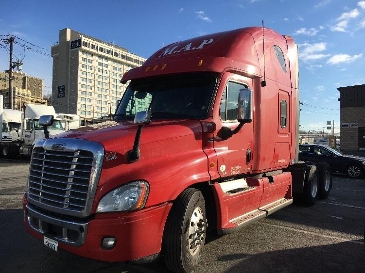 Sleeper Tractor-Heavy Duty Tractors-Freightliner-2012-Cascadia 12564ST-NORTH BERGEN-NJ-338,131 miles-$53,750