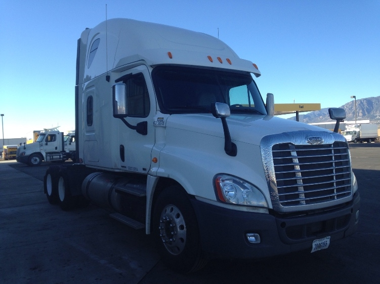 Sleeper Tractor-Heavy Duty Tractors-Freightliner-2012-Cascadia 12564ST-DENVER-CO-442,179 miles-$53,750