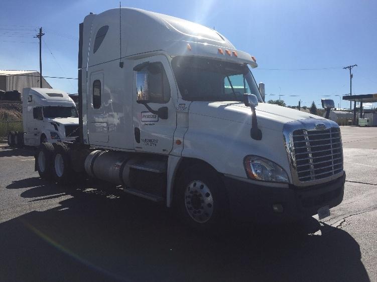 Sleeper Tractor-Heavy Duty Tractors-Freightliner-2012-Cascadia 12564ST-TACOMA-WA-502,229 miles-$39,000