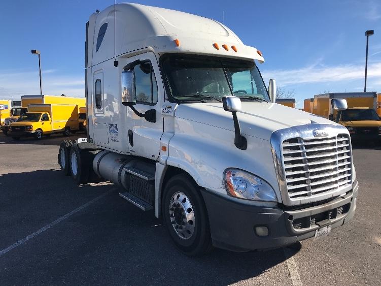 Sleeper Tractor-Heavy Duty Tractors-Freightliner-2012-Cascadia 12564ST-COLORADO SPRINGS-CO-613,355 miles-$14,000
