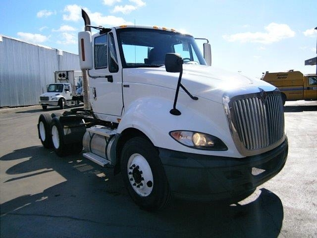 Day Cab Tractor-Heavy Duty Tractors-International-2012-ProStar-TORONTO-ON-371,993 km-$26,750
