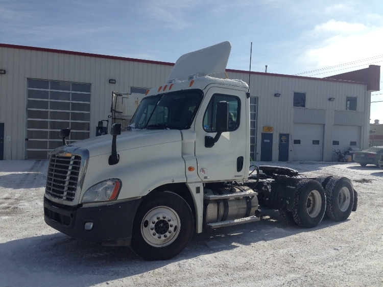 Day Cab Tractor-Heavy Duty Tractors-Freightliner-2012-Cascadia 12564ST-CALGARY-AB-421,843 km-$55,500