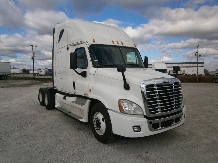 Sleeper Tractor-Heavy Duty Tractors-Freightliner-2012-Cascadia 12564ST-LOUISVILLE-KY-639,000 miles-$36,500