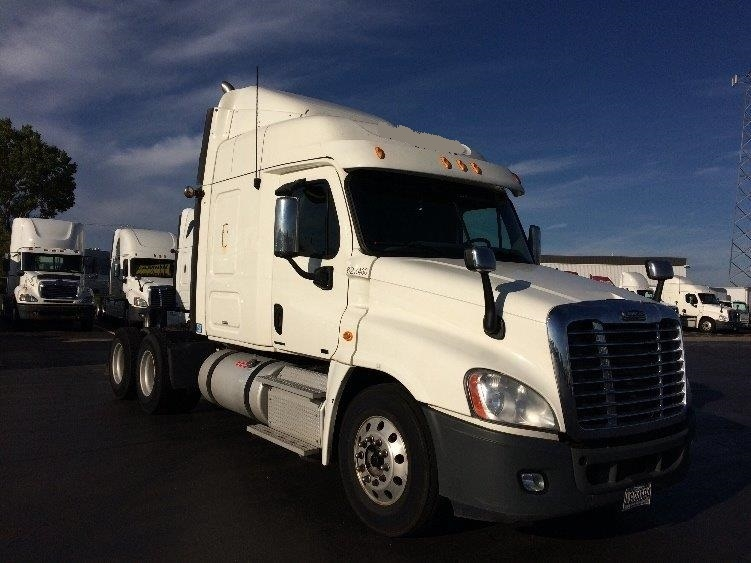 Sleeper Tractor-Heavy Duty Tractors-Freightliner-2012-Cascadia 12564ST-STE-FOY-PQ-961,604 km-$36,000