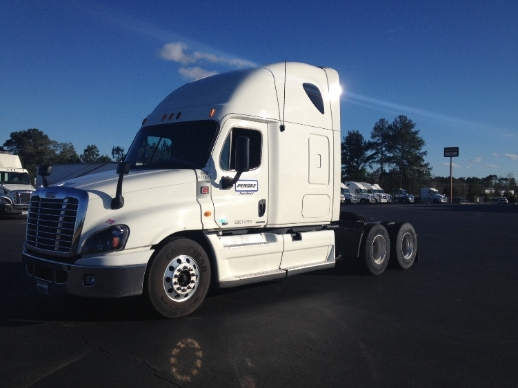 Sleeper Tractor-Heavy Duty Tractors-Freightliner-2012-Cascadia 12564ST-FREDERICK-MD-524,876 miles-$42,500