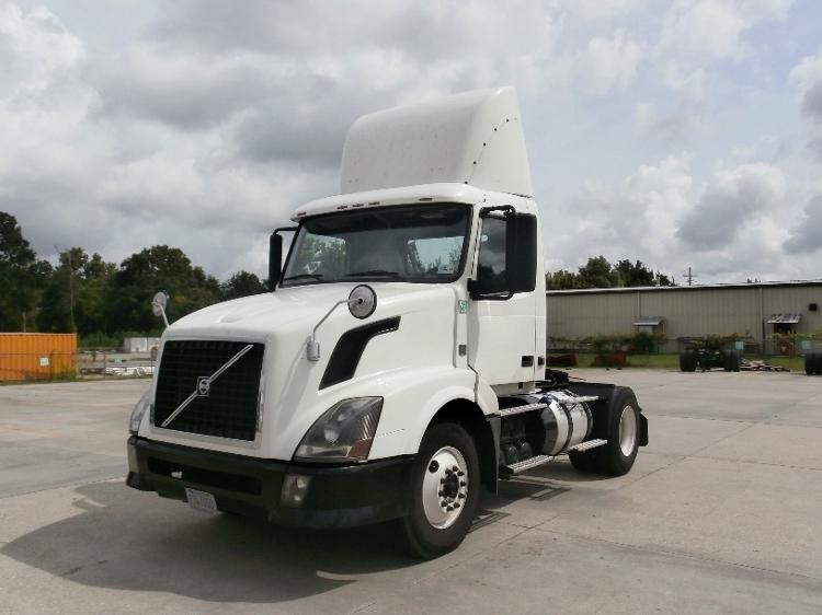 Day Cab Tractor-Heavy Duty Tractors-Volvo-2012-VNL42300-BATON ROUGE-LA-327,750 miles-$35,500