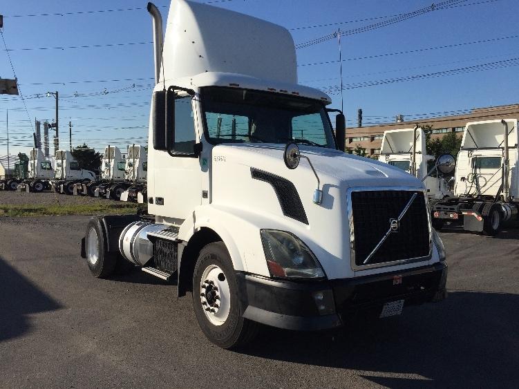 Day Cab Tractor-Heavy Duty Tractors-Volvo-2012-VNL42300-LINDEN-NJ-184,218 miles-$35,750
