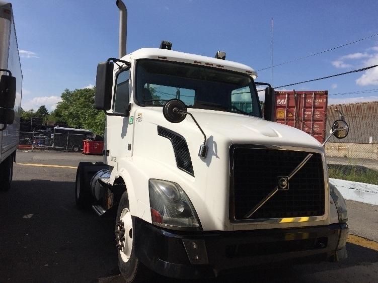 Day Cab Tractor-Heavy Duty Tractors-Volvo-2012-VNL42300-LINDEN-NJ-155,000 miles-$34,250
