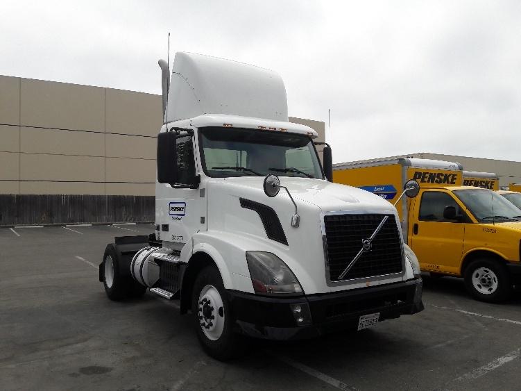 Day Cab Tractor-Heavy Duty Tractors-Volvo-2012-VNL42300-SANTA ROSA-CA-177,329 miles-$40,500