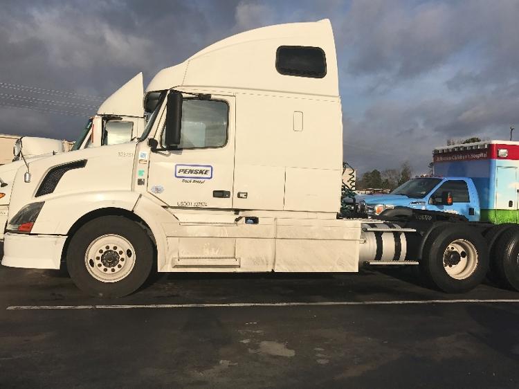 Sleeper Tractor-Heavy Duty Tractors-Volvo-2012-VNL64T670-LITTLE ROCK-AR-508,771 miles-$41,500