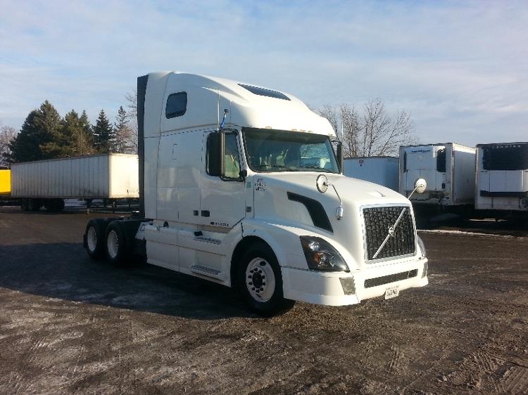 Sleeper Tractor-Heavy Duty Tractors-Volvo-2012-VNL64T670-BROOKLYN PARK-MN-494,342 miles-$36,750