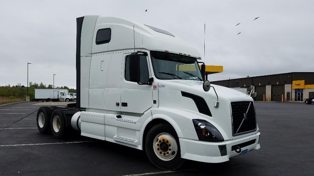 Sleeper Tractor-Heavy Duty Tractors-Volvo-2012-VNL64T670-WEST HAVEN-CT-354,940 miles-$36,000
