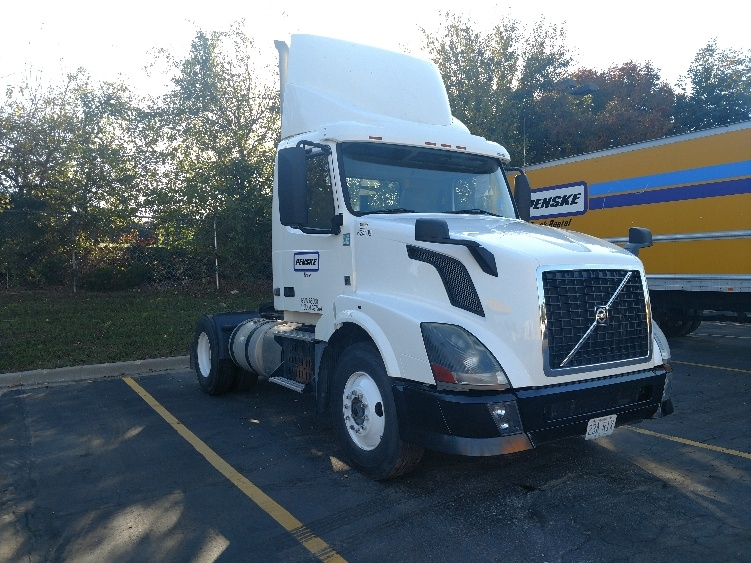 Day Cab Tractor-Heavy Duty Tractors-Volvo-2012-VNL42300-KANSAS CITY-MO-151,572 miles-$36,250