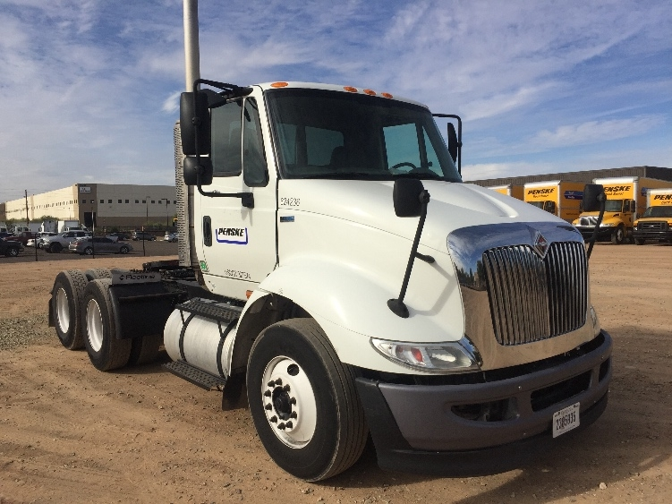 Day Cab Tractor-Heavy Duty Tractors-International-2012-8600-PHOENIX-AZ-219,042 miles-$24,000