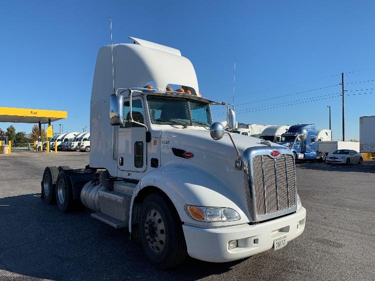 Day Cab Tractor-Heavy Duty Tractors-Peterbilt-2012-386-DAVENPORT-IA-297,681 miles-$46,750