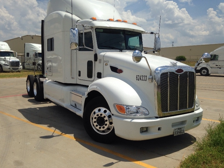 Sleeper Tractor-Heavy Duty Tractors-Peterbilt-2012-386-LAREDO-TX-451,250 miles-$57,750