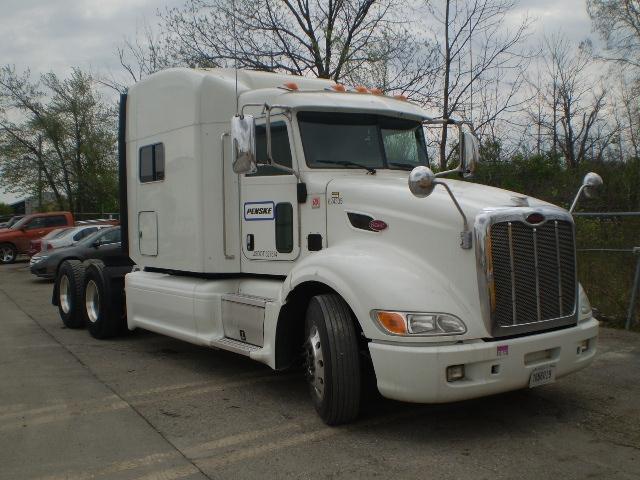 Sleeper Tractor-Heavy Duty Tractors-Peterbilt-2012-386-LANSING-MI-474,117 miles-$50,250