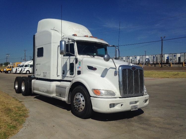 Sleeper Tractor-Heavy Duty Tractors-Peterbilt-2012-386-LAREDO-TX-451,759 miles-$57,750