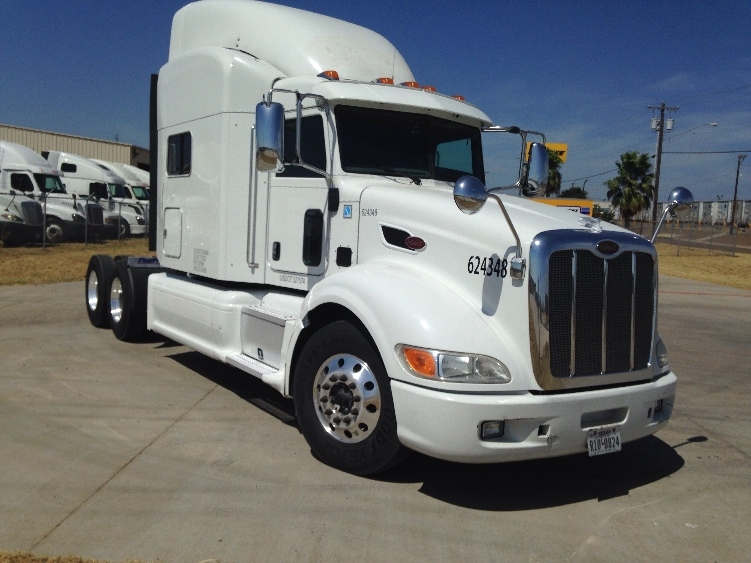 Sleeper Tractor-Heavy Duty Tractors-Peterbilt-2012-386-LAREDO-TX-493,056 miles-$55,250