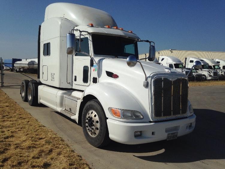 Sleeper Tractor-Heavy Duty Tractors-Peterbilt-2012-386-LAREDO-TX-422,782 miles-$59,500
