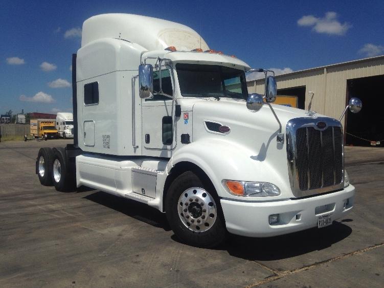 Sleeper Tractor-Heavy Duty Tractors-Peterbilt-2012-386-LAREDO-TX-468,450 miles-$56,750