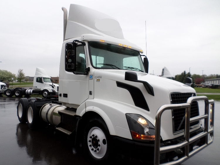 Day Cab Tractor-Heavy Duty Tractors-Volvo-2012-VNL64T300-LANSING-MI-536,014 miles-$28,000