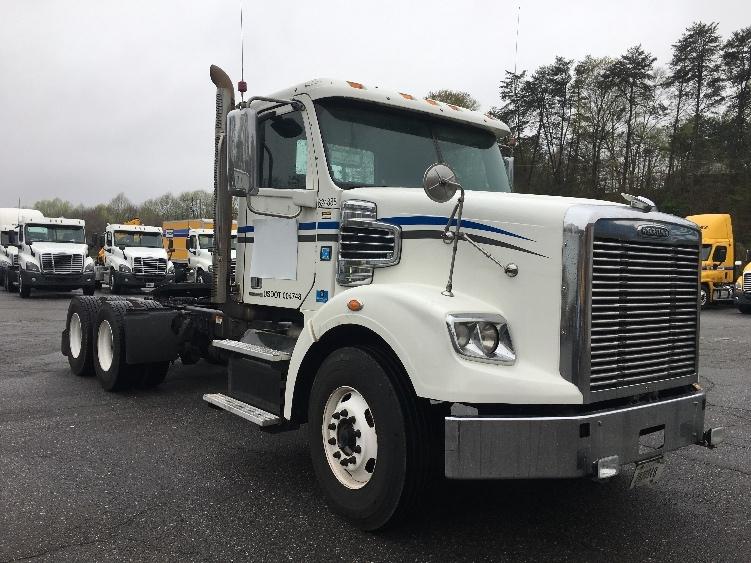 Day Cab Tractor-Heavy Duty Tractors-Freightliner-2012-CORONADO-MARTINSVILLE-VA-657,197 miles-$42,500