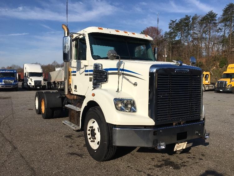 Day Cab Tractor-Heavy Duty Tractors-Freightliner-2012-CORONADO-MARTINSVILLE-VA-604,442 miles-$39,000