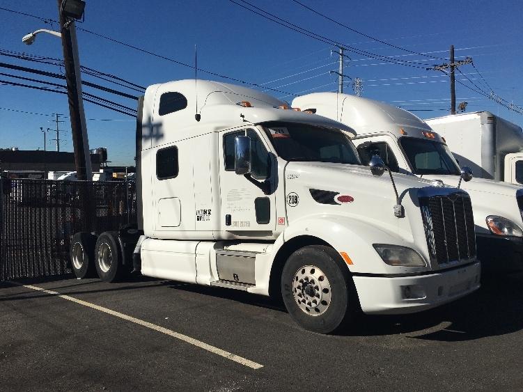 Sleeper Tractor-Heavy Duty Tractors-Peterbilt-2012-587-NORTH BERGEN-NJ-394,375 miles-$43,500