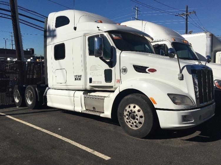 Sleeper Tractor-Heavy Duty Tractors-Peterbilt-2012-587-NORTH BERGEN-NJ-397,236 miles-$43,750