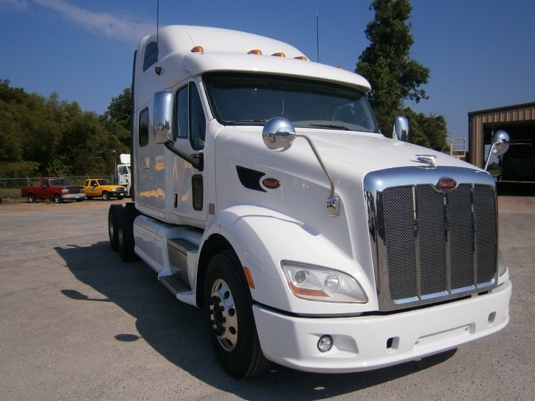 Sleeper Tractor-Heavy Duty Tractors-Peterbilt-2012-587-KANSAS CITY-MO-489,484 miles-$55,000