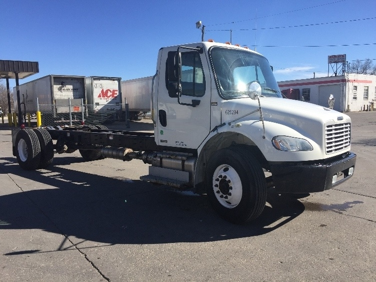 Cab and Chassis Truck-Light and Medium Duty Trucks-Freightliner-2012-M2-DES MOINES-IA-260,516 miles-$29,500