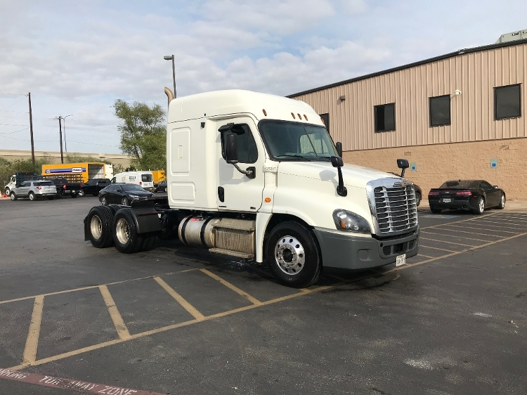 Sleeper Tractor-Heavy Duty Tractors-Freightliner-2012-Cascadia 12564ST-AUSTIN-TX-358,859 miles-$42,500
