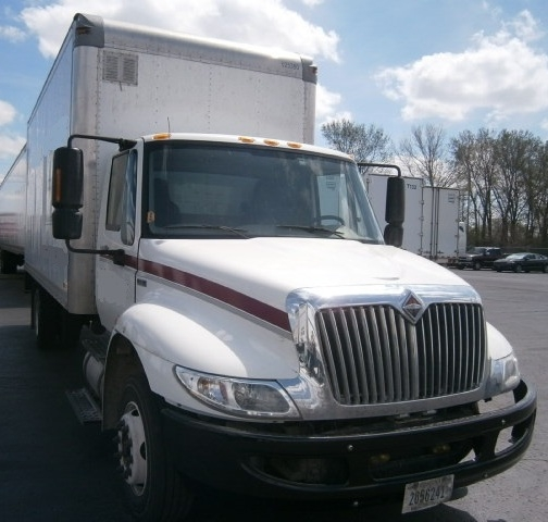 Medium Duty Box Truck-Light and Medium Duty Trucks-International-2012-4300LP-KANSAS CITY-MO-183,114 miles-$24,750