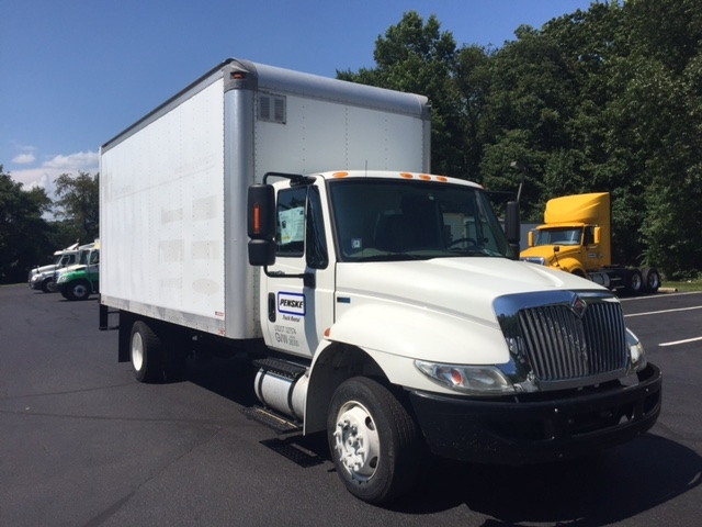 Medium Duty Box Truck-Light and Medium Duty Trucks-International-2012-4300LP-LINDEN-NJ-221,863 miles-$18,750