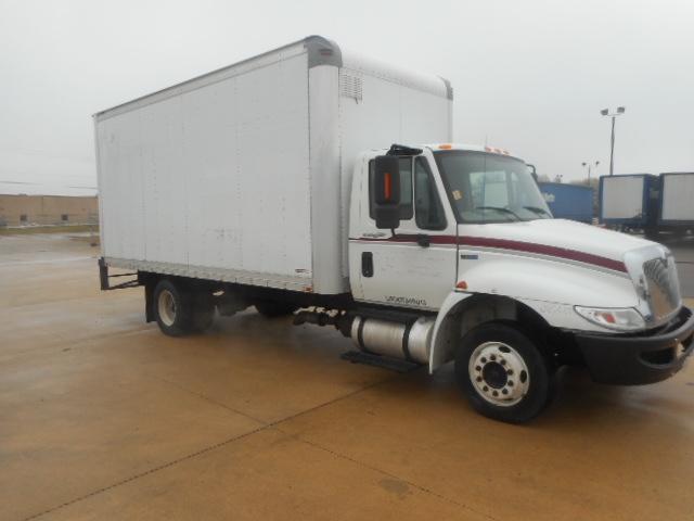 Medium Duty Box Truck-Light and Medium Duty Trucks-International-2012-4300LP-OLIVE BRANCH-MS-262,608 miles-$20,000